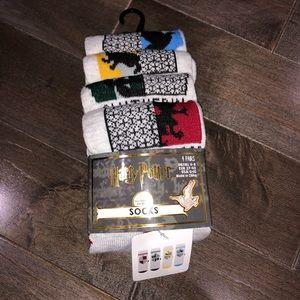 NWT Harry Potter Socks 4 Pack Set Gryffindor